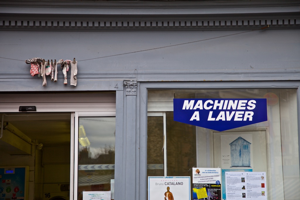 French dry cleaning service