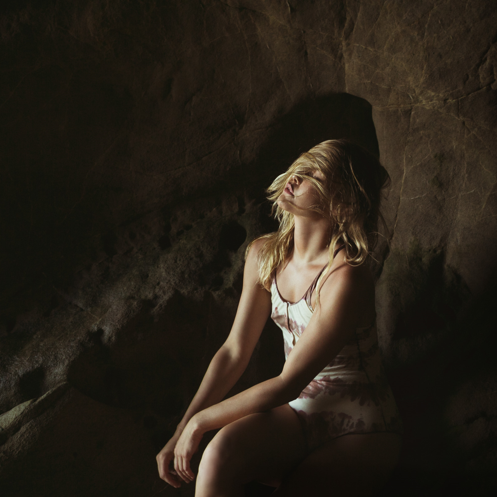 NICOLE IN THE CAVES