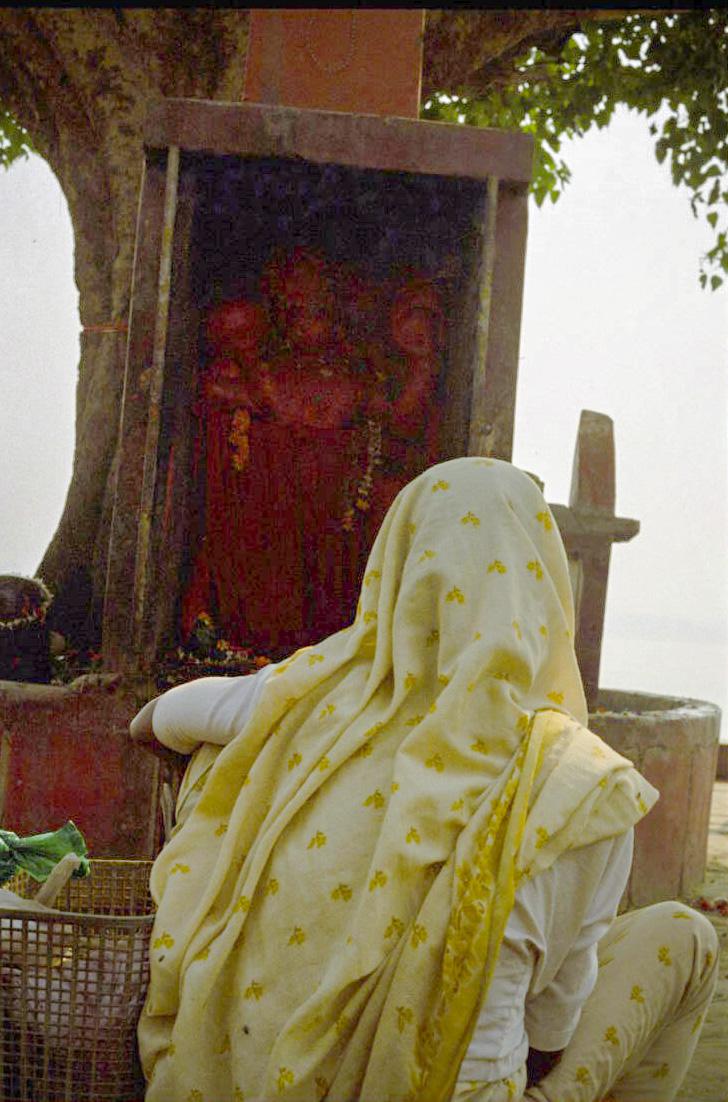 V35  Varanasi-35mm film