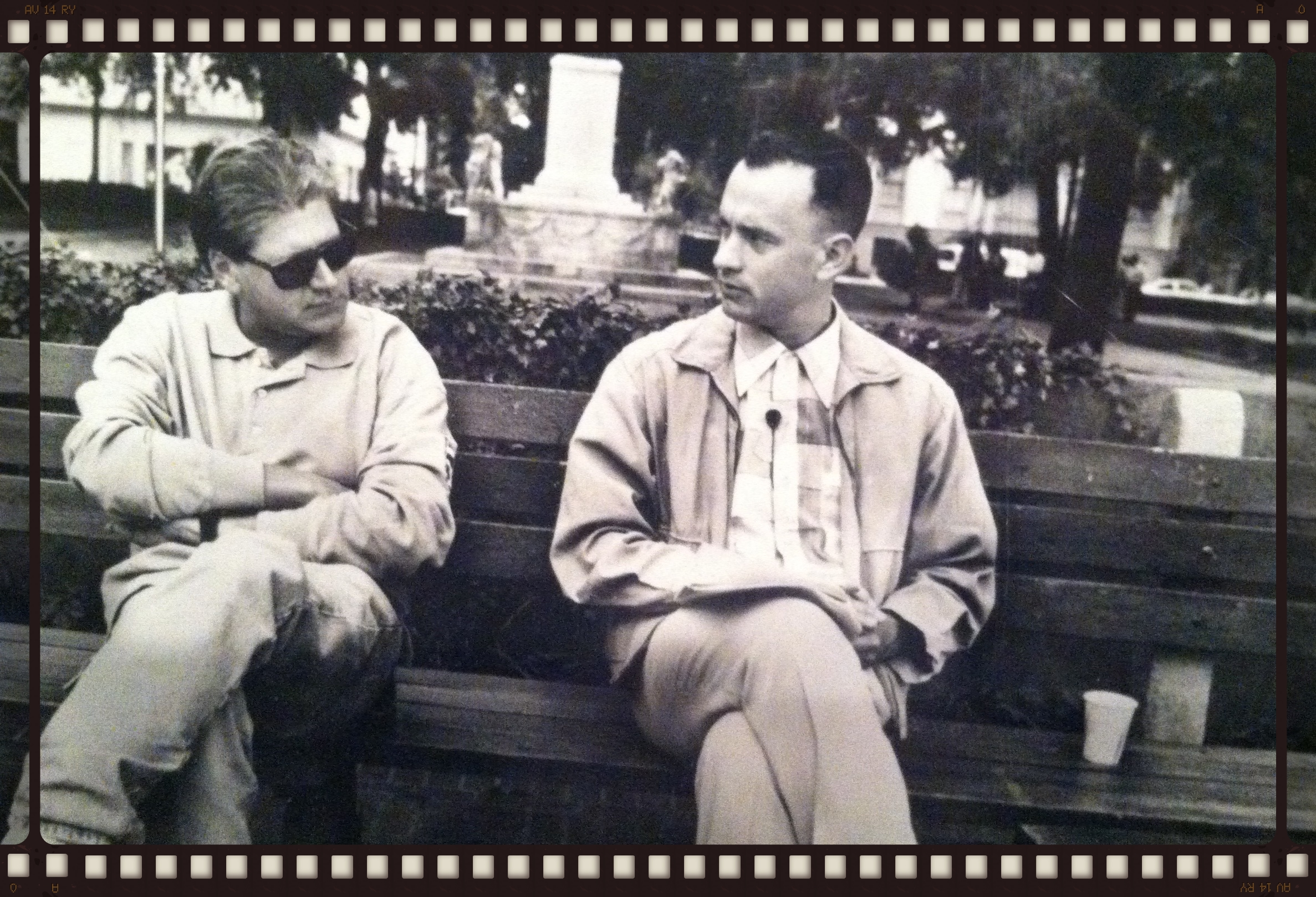 Tom Hanks and Director Robert Zemeckis take a break during the first day of Forrest Gump.