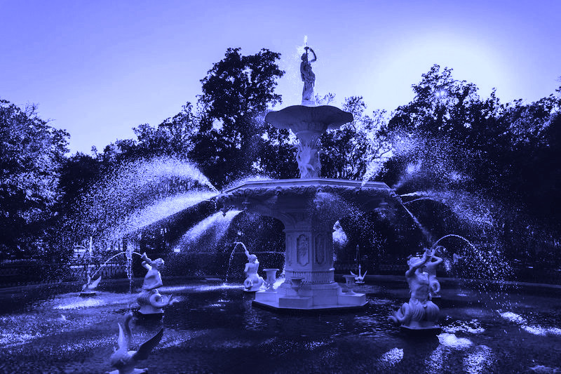 The fountain in Forsyth Park today, the icon of Savannah.