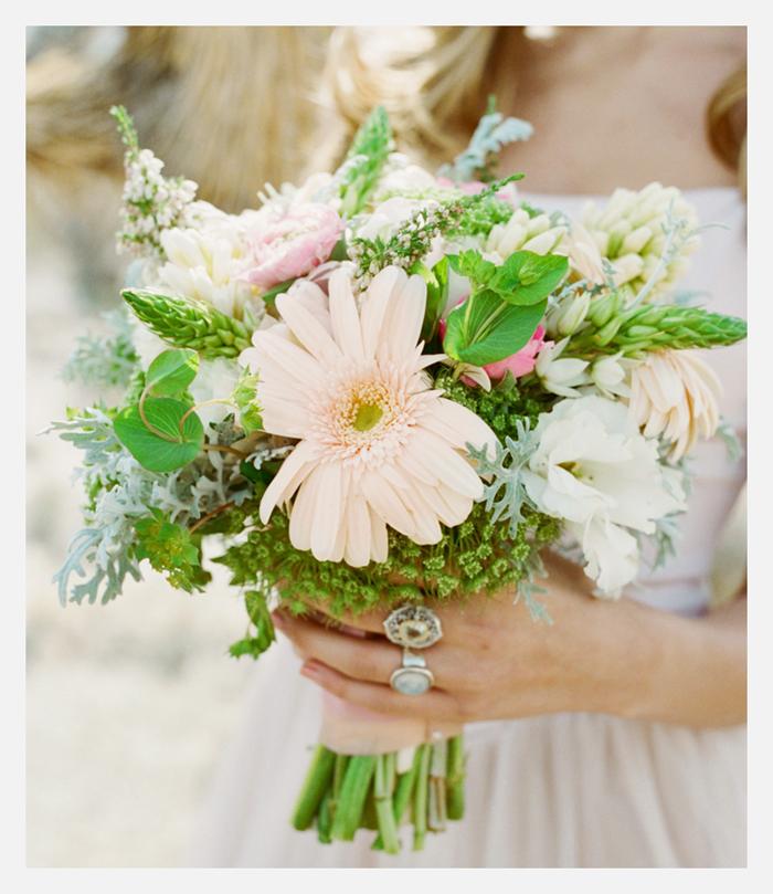 las vegas desert inspired bridal shoot rustic shabby chic