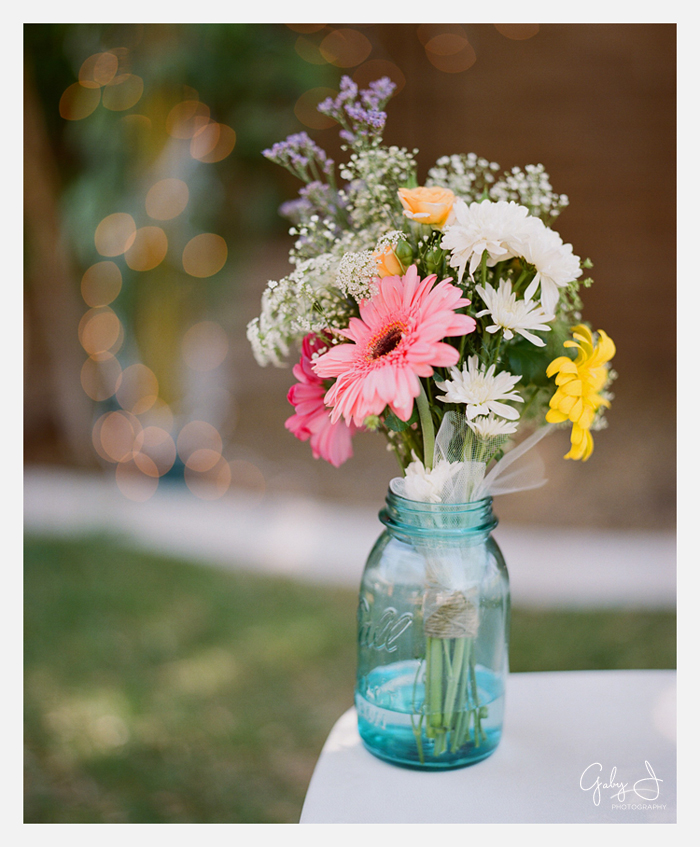 DIY las vegas backyard wedding Gaby J Photography_019
