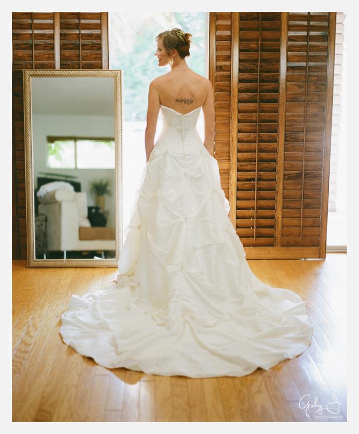DIY las vegas backyard wedding Gaby J Photography_034
