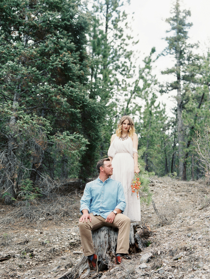lee canyon las vegas engagement photo