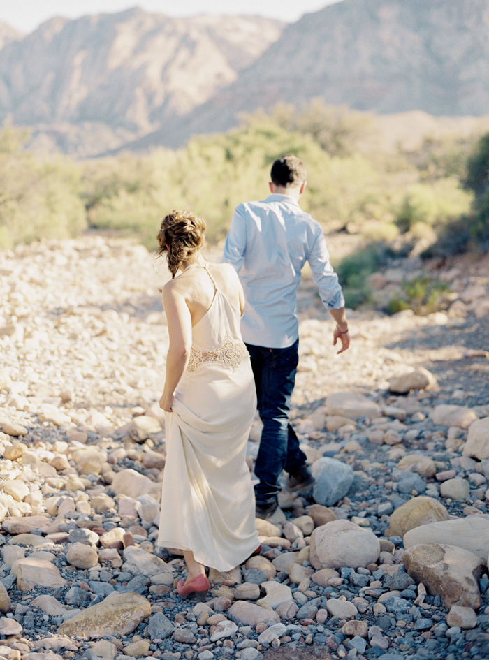 las vegas nature desert engagement photo 13