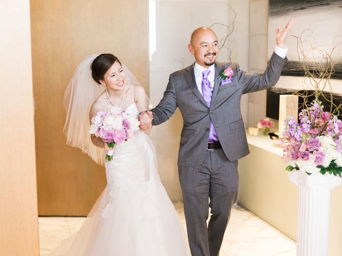 penthouse suite las vegas classic wedding 45