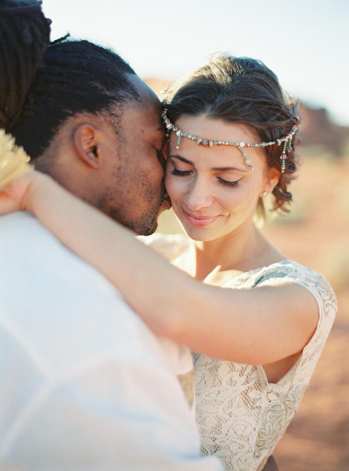 valley of fire boho desert wedding 34