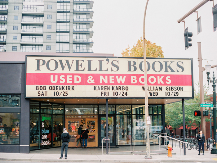 powells books portland