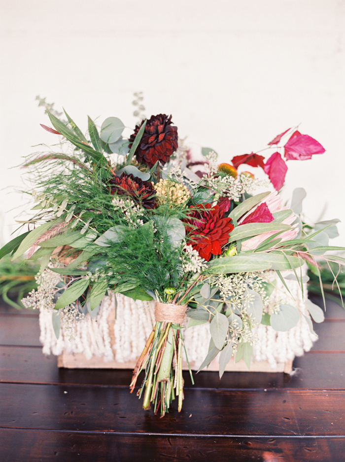 las vegas wedding boho wild flowers bouquet