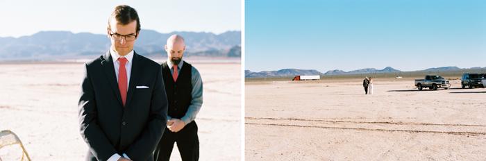 intimate indie desert vegas wedding photo 2