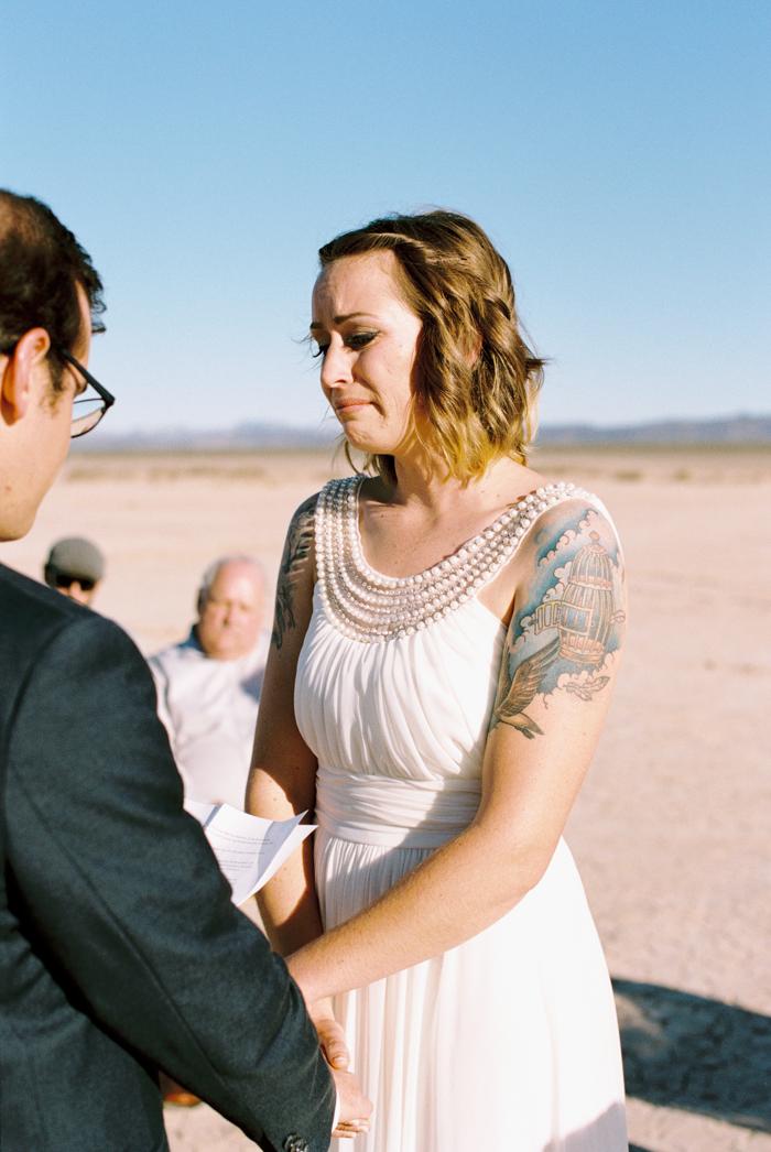 intimate indie desert vegas wedding photo 13
