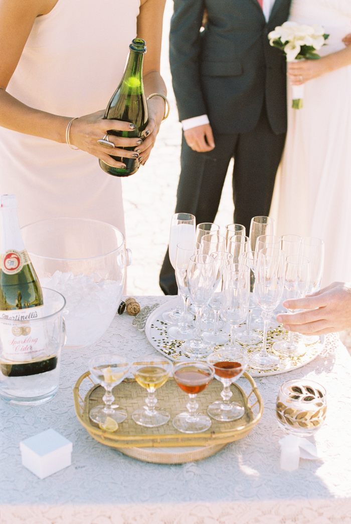 intimate indie desert vegas wedding photo 21