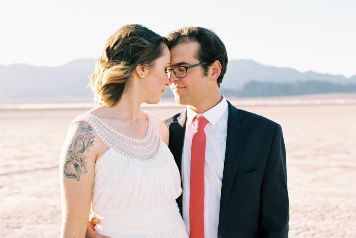 intimate indie desert vegas wedding photo 20