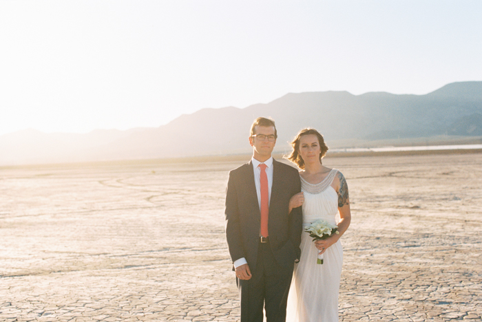 intimate indie desert vegas wedding photo 26