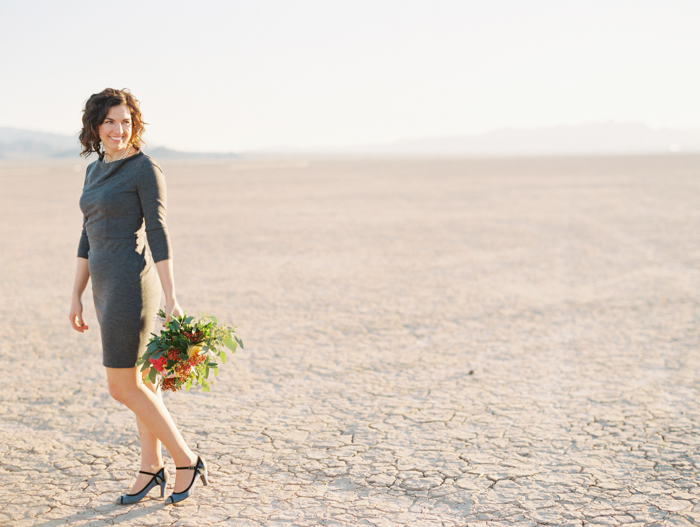vegas pop up styled desert wedding photo flora pop