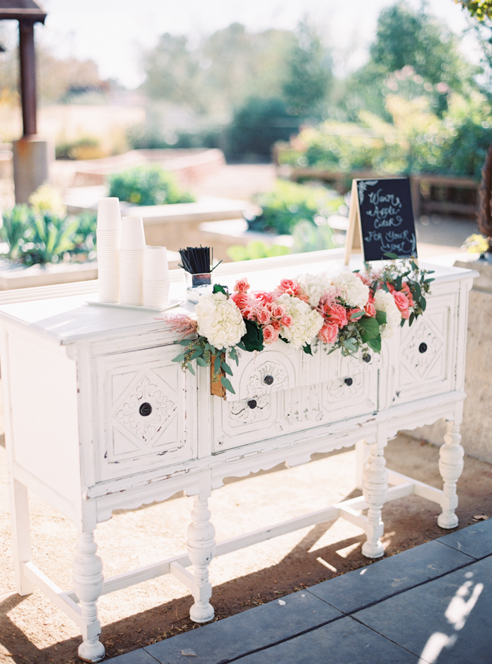romantic desert arboretum vegas wedding photo 4