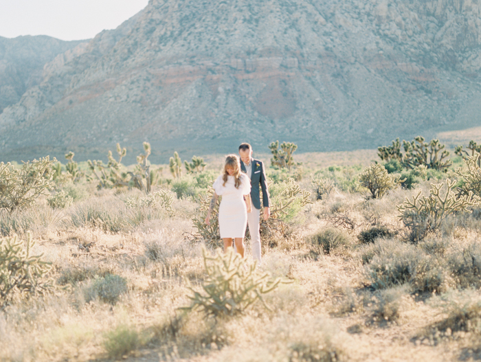 nevada desert elopement photo 12.jpg