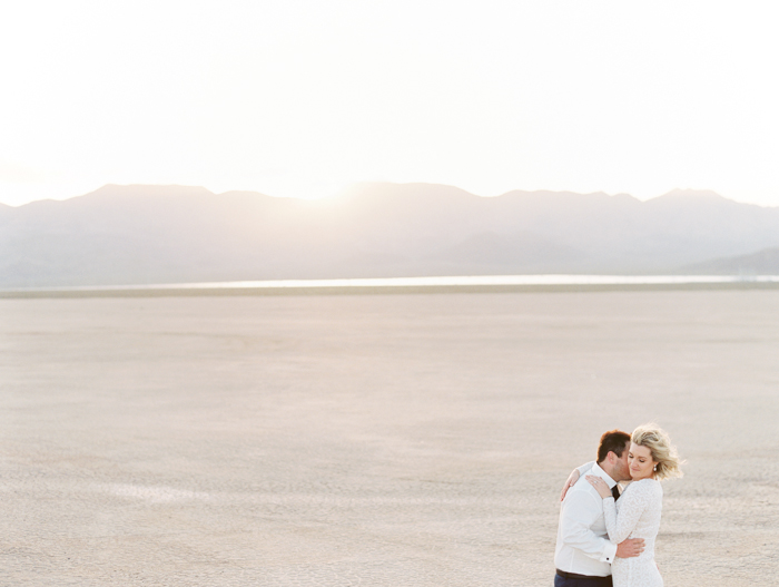 las vegas outdoors elopement photo 27.jpg