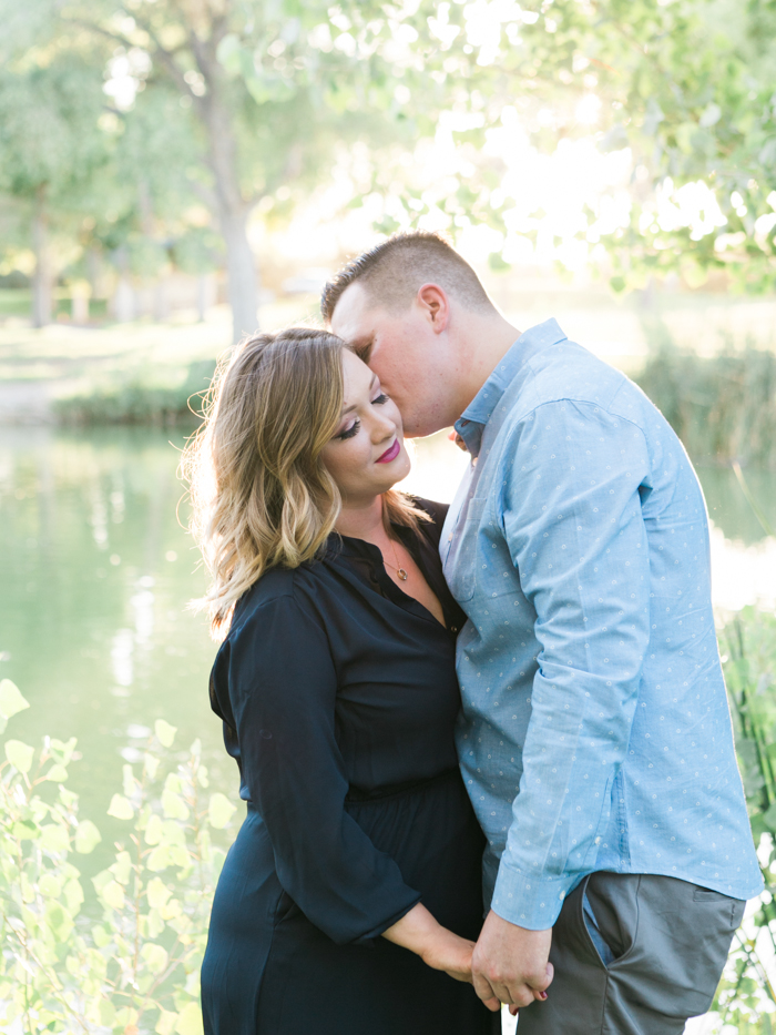 las vegas floyd lamb park engagement photo 2.jpg