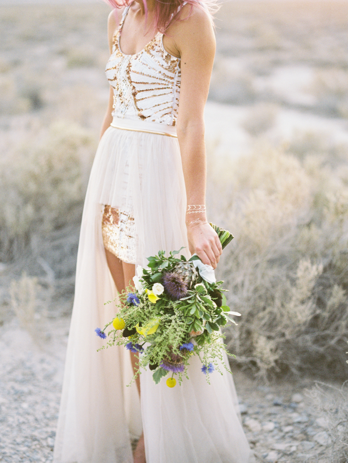 stylish corn creek nv desert elopement | gaby j photography | winona australia wedding dress