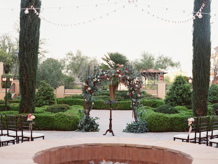 lake las vegas hilton florentine gardens wedding | gaby j photography | timeless las vegas wedding photographer | open invitation wedding planner | layers of lovely