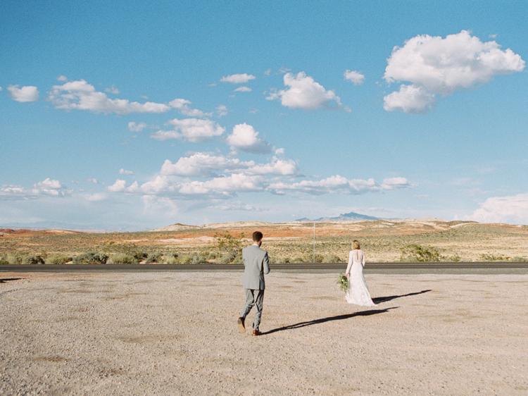 amangiri inspired desert wedding   amangiri desert elopement   gaby j photography   flora pop   desert elopement