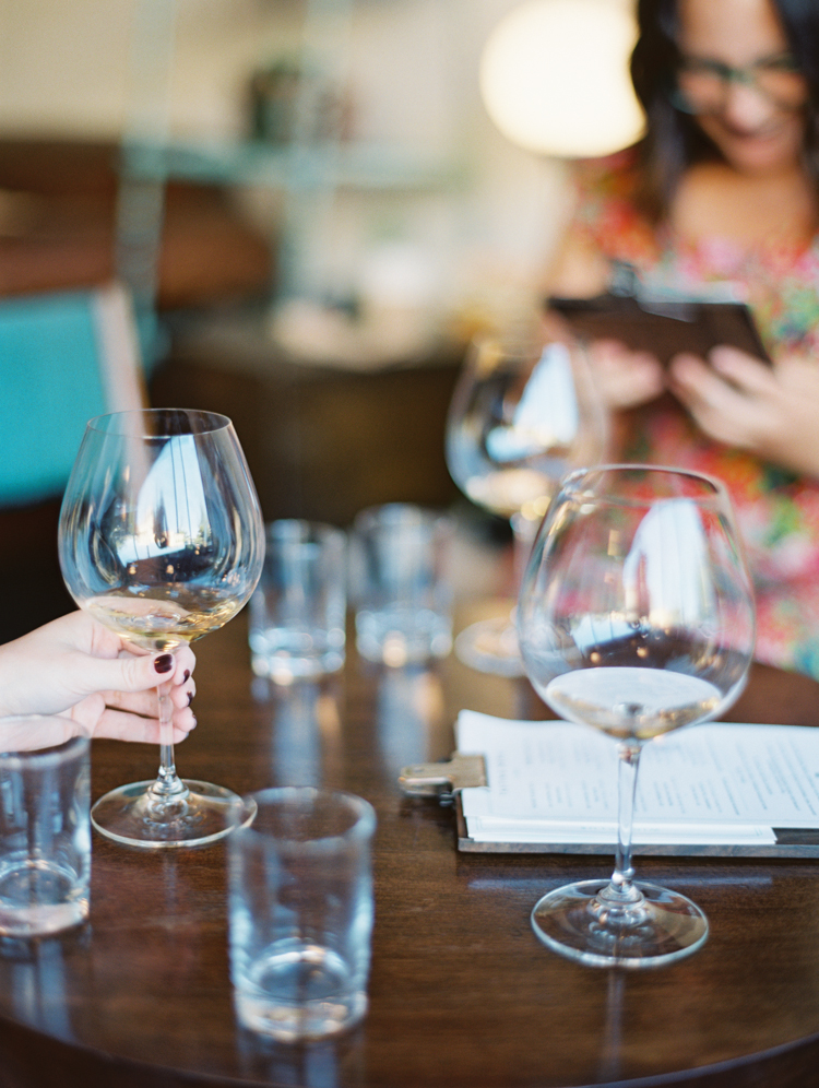 wine tasting in healdsburg ca | gaby j photography