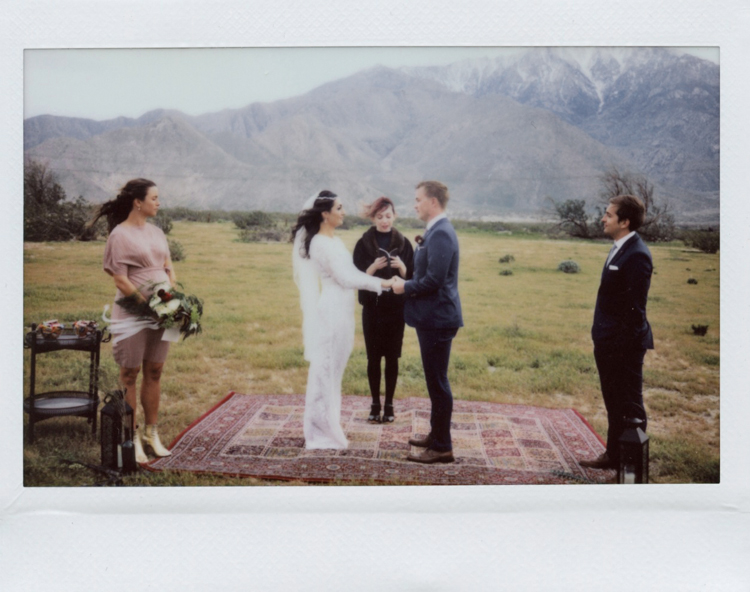 outdoor palm springs wedding ceremony photographer