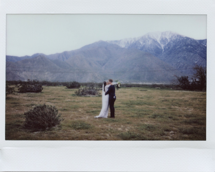 outdoor palm springs elopement photographers