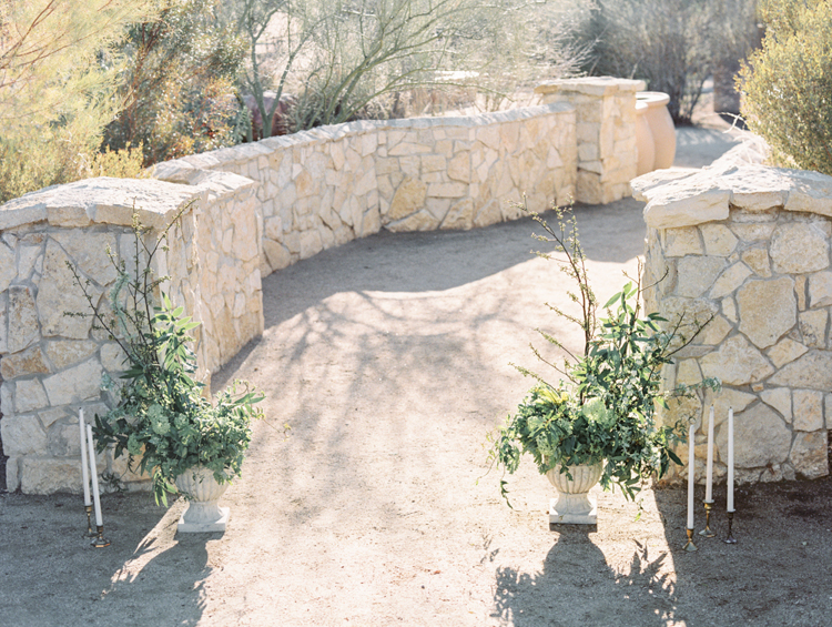 lush english garden ceremony altar ideas