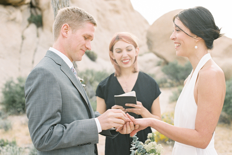 joshua tree national park elopement photographers