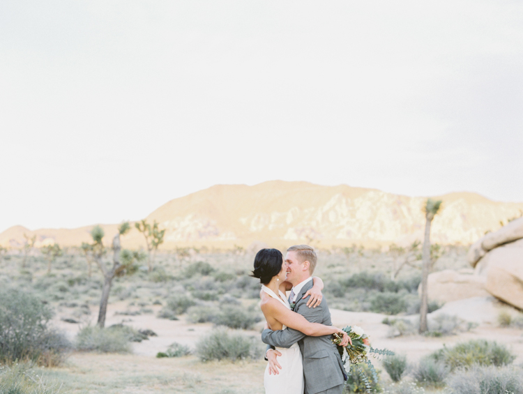 intimate elopement joshua tree park
