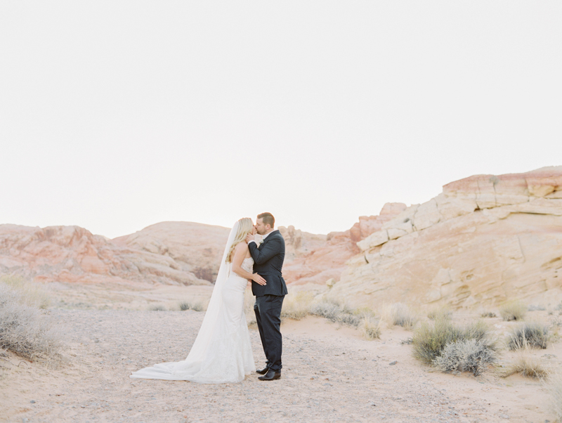 las vegas desert wedding ceremony locations
