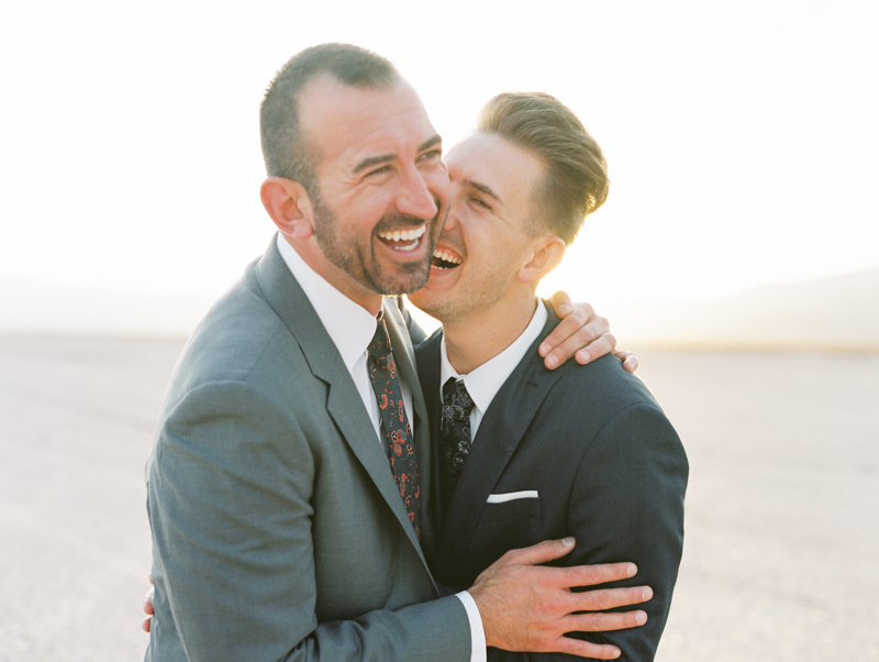 dry lake bed las vegas elopement