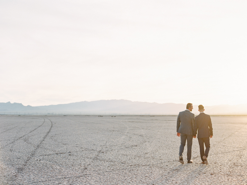 dry lake bed las vegas wedding photography