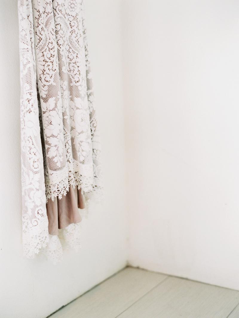 saldana vintage wedding dress