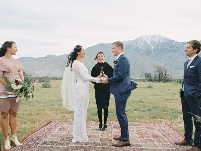 palm springs outdoor wedding ceremony
