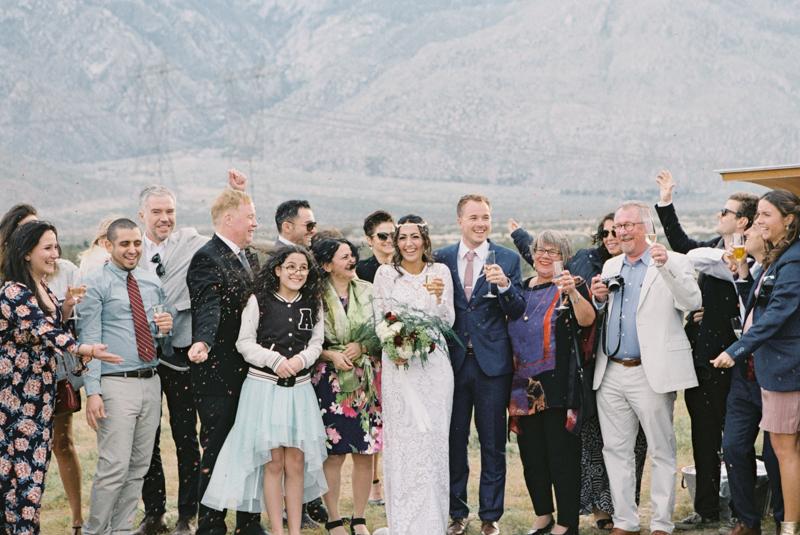 wedding using confetti
