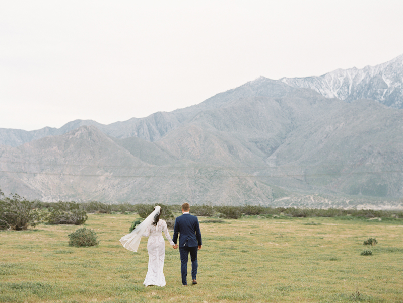 outdoor palm springs elopement