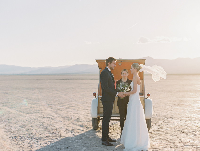 las vegas pop up wedding