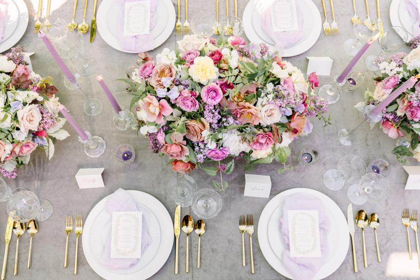 garden floral romantic table setting gold flatware