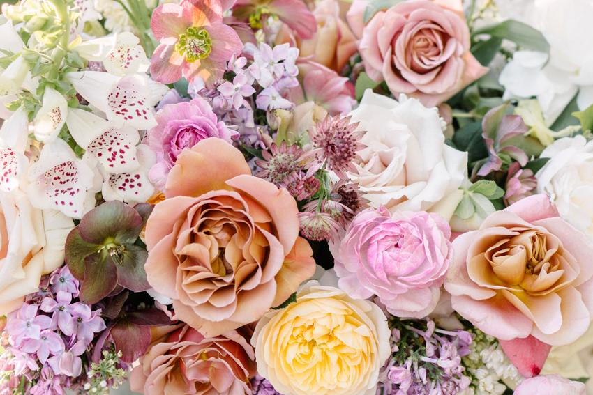 garden roses inspired wedding bouquet | city blossoms las vegas
