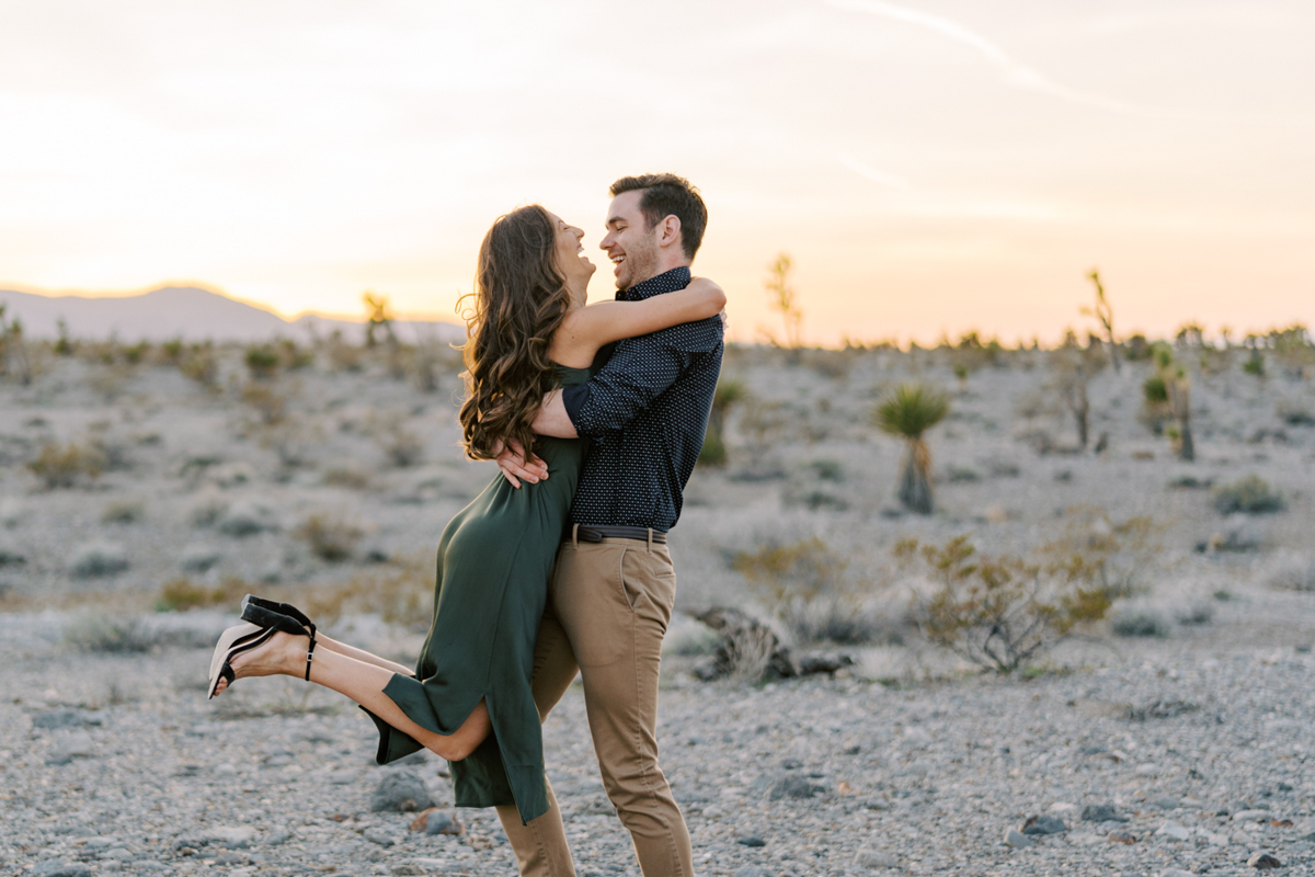 las vegas engagement photo