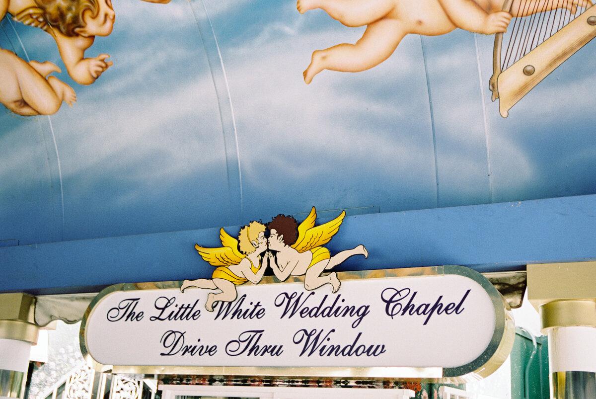 las vegas drive-thru wedding ceremony