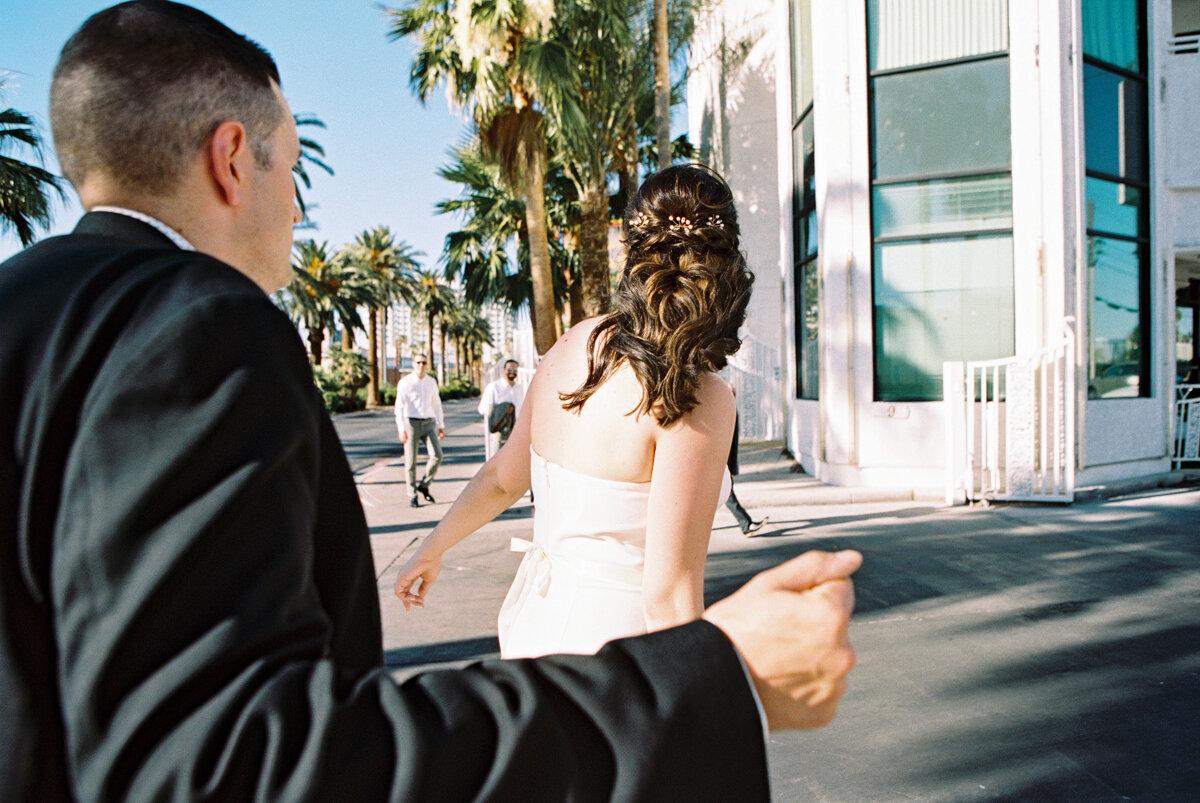 little white wedding chapel elopement 29.jpg