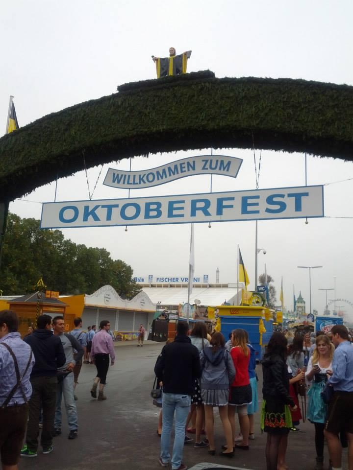 Oktoberfest Entrance.jpg