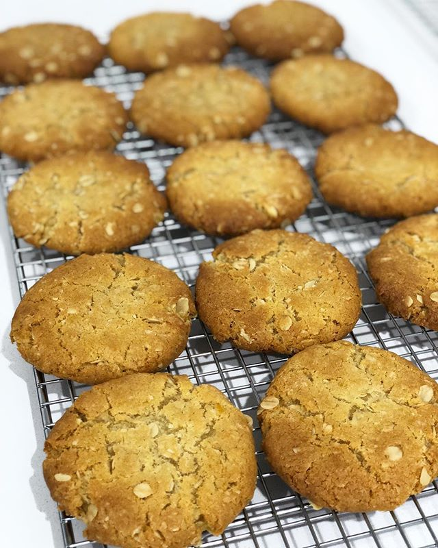 Find these amazing ANZAC biscuits @plantationmelb Melbourne Central @melbournecentral today. With added orange zest they are seriously addictive! . . . . #baking #bakesbyjean #beautifulcuisines #cake #cakeoftheday #cakeguide #dessert #f52grams #homemade #instacake #matchboxmoment #pastrychef  #sweetmagazine  #bakeandshare #thebakefeed #pastrydelights #wedding #weddingcake #anzac #anzacbiscuits