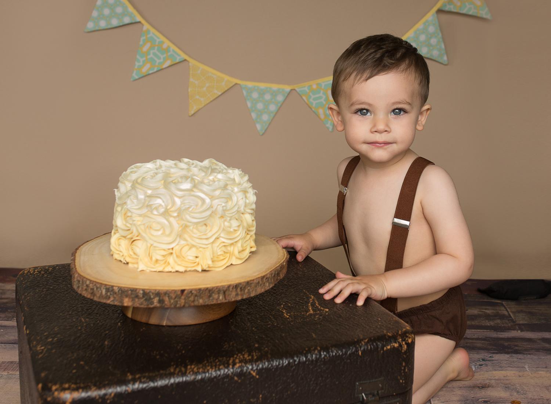 Cake smash boy seattle