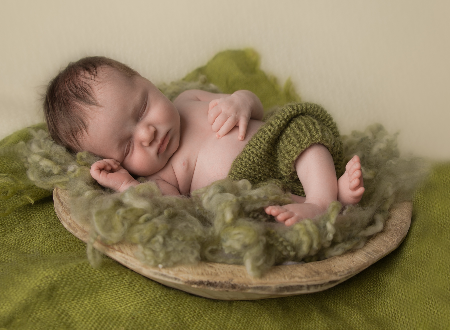 newborn boy blue cream Kent Seattle photography-6.jpg